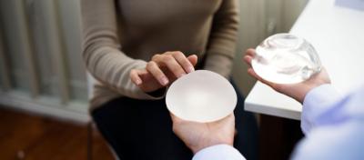 Choosing breast implants